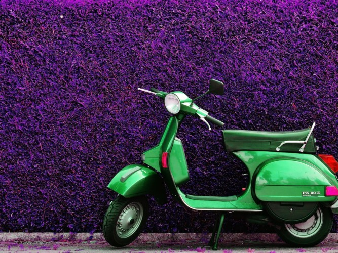 Miami in Vespa